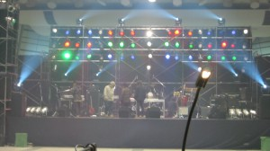 ライブステージ01